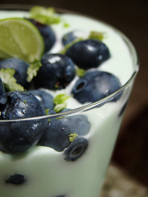 Blueberry_Lime_Cheezecake_Parfait