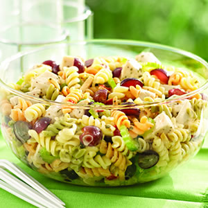Chicken_Pasta_Salad_with_Grapes_and_Poppy_Seed_Dressing