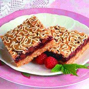 Chocolate-Raspberry_Oatmeal_Streusel_Squares