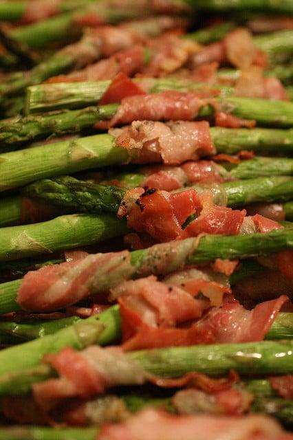 Pancetta-Wrapped_Asparagus