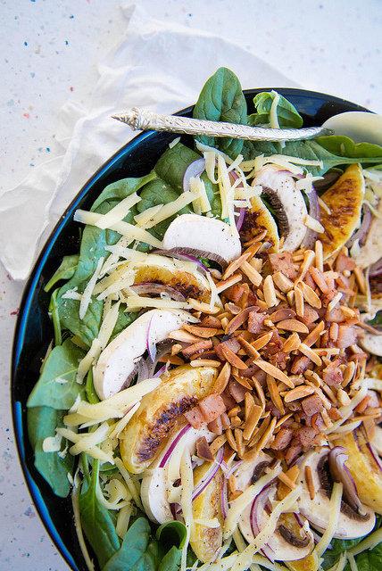 Mushroom Almond and Orange Salad