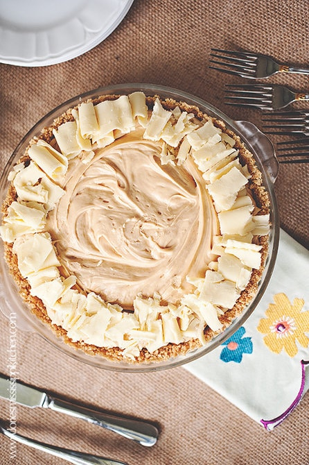 Bananas_Foster_White_Chocolate-Peanut_Butter_Mousse_Pie