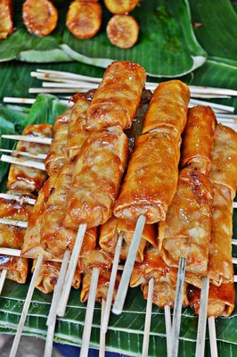 Turon De Saba Filipino Deep Fried Caramalized Plantains