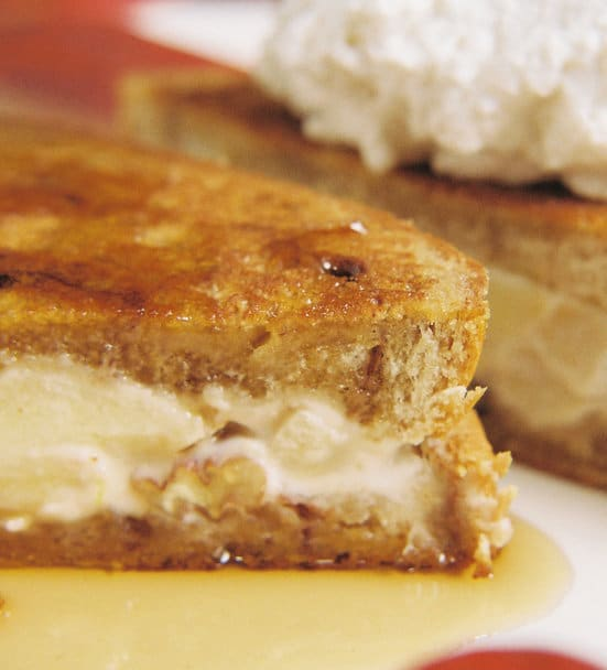 Caramel_Apples_And_Cream_Stuffed_French_Toast_1