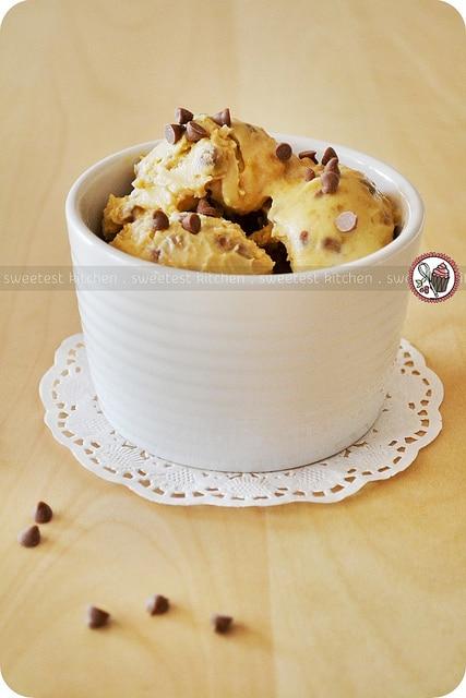 Chocolate_Chip_Cookie_Dough_Frozen_Yogurt