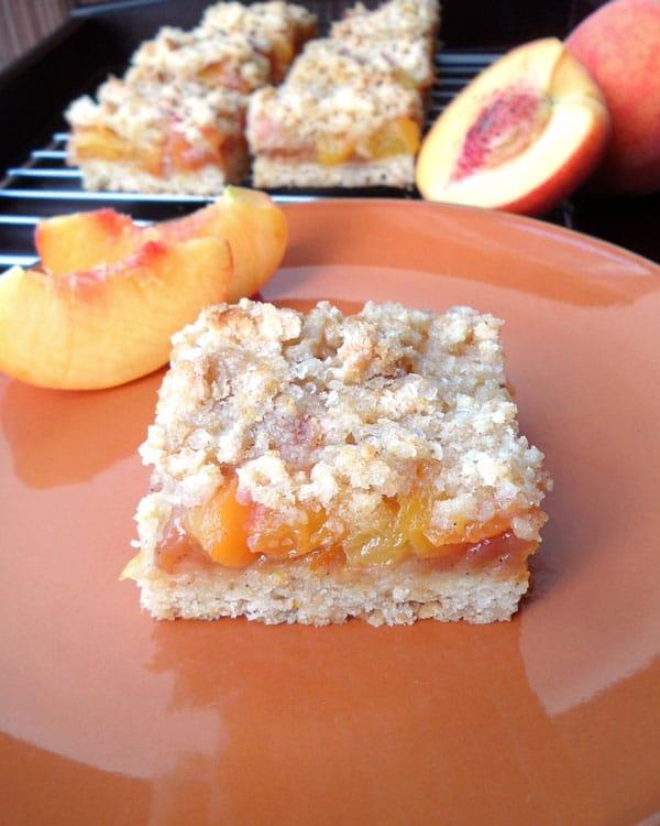 Healthier_Peach_Crumb_Bars