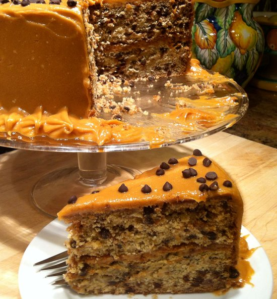 banana_chocolate_chip_cake_with_peanut_butter_frosting