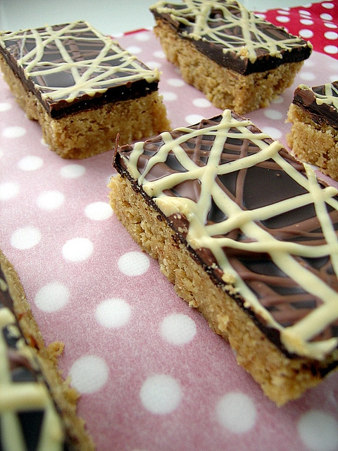 Chocolate_and_Peanut_Butter_Slice