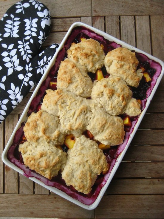Peach_and_Blueberry_Cobbler