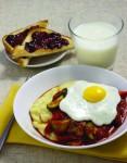 Skillet_Eggs_and_Polenta