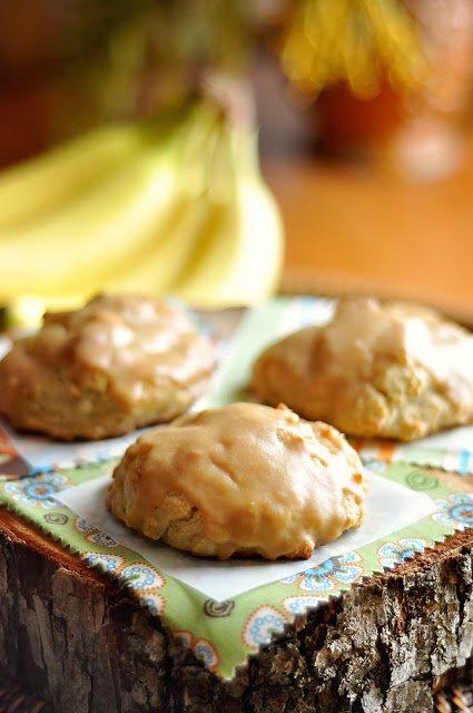 roasted_banana-ricotta_scones_with_peanut_butter_glaze