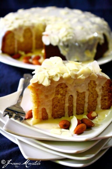 Recipe for Holiday Almond Cake