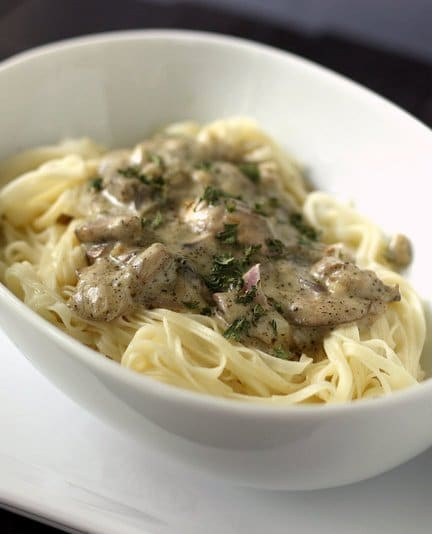 pasta_with_creamy_mushroom_sauce