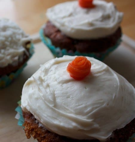 Recipe for Carrot Cupcakes with Cream Cheese Frosting