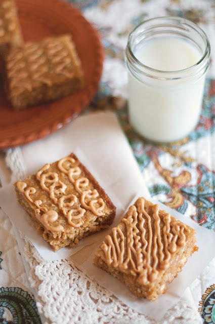 Recipe for Chewy Butterscotch-Oatmeal Bars