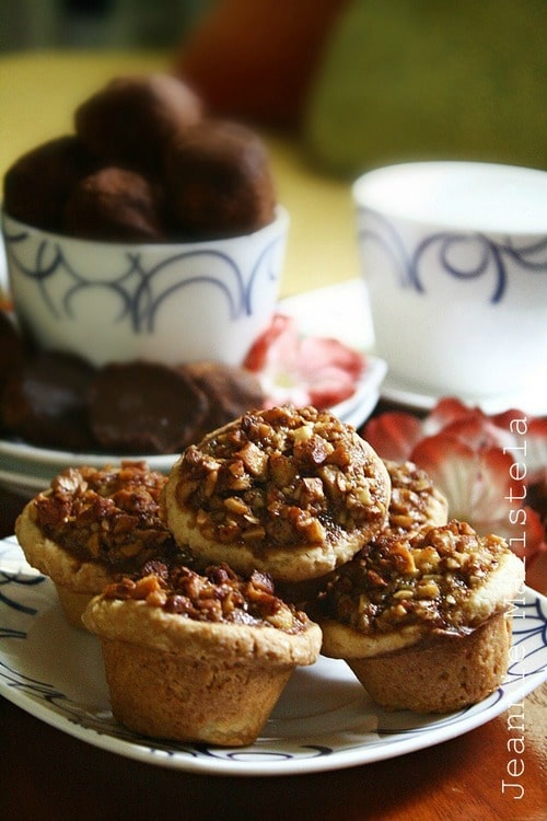 Recipe for Maple and Almond Nut Tarts