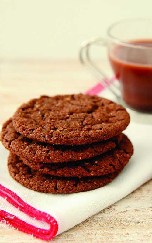 Mexican Hot Chocolate Snickerdoodle Crunch Cookies Recipe - One of my new favorite cookies! They also freeze perfectly, so feel free to make a big batch and save some for later. Although, mine never seem to last that long!