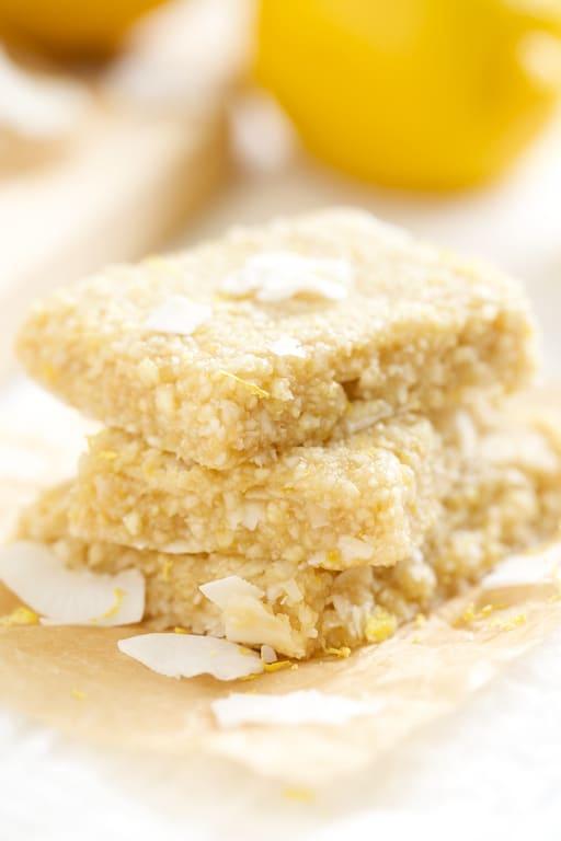 Lemon-Meringue-Pie-Energy-Bars-GI-365-8