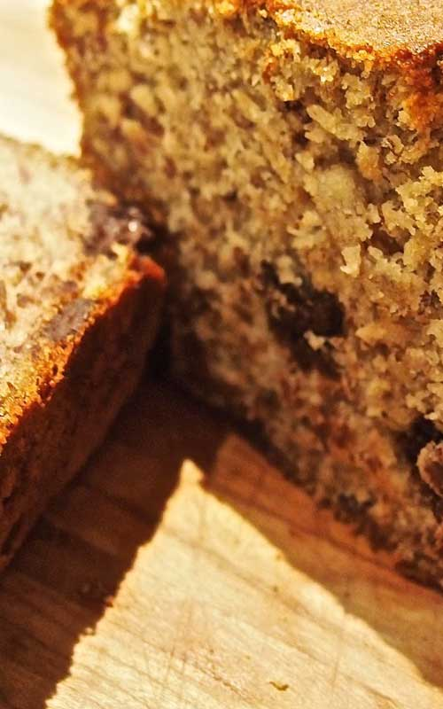 Recipe for Healthy Gluten-Free Banana Bread - This has gotten really good reviews from the family. Not too sweet, and healthy. A winner all-around!