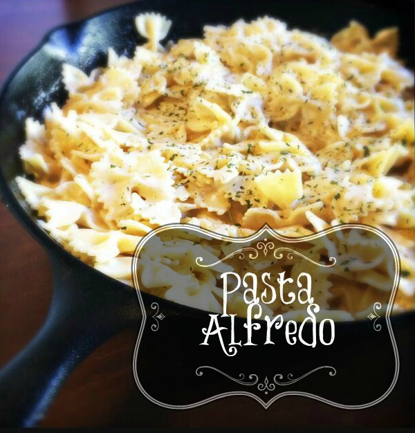 Of all the things we buy in a jar, Alfredo sauce shouldn't be one of them. With just a few simple ingredients and 10 minutes of your time, you can have out-of-this-world Alfredo sauce made in your very own kitchen!