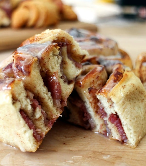 Recipe for  Bacon Cinnamon Rolls