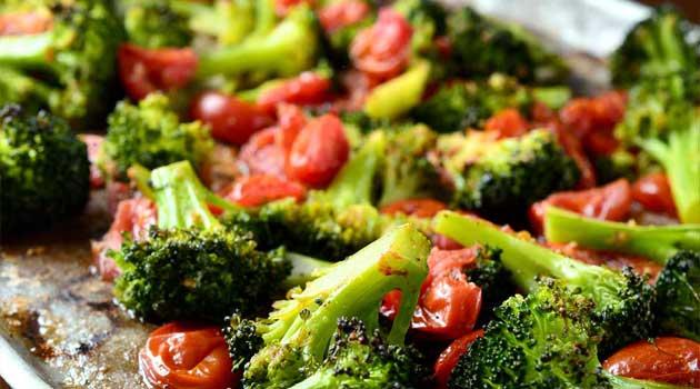 Recipe for Roasted Broccoli and Tomato Salad