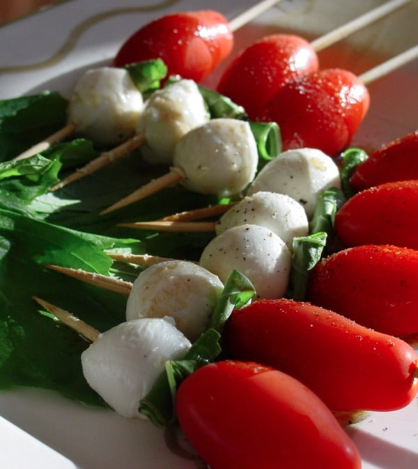 Caprese Salad Skewers - STL Cooks