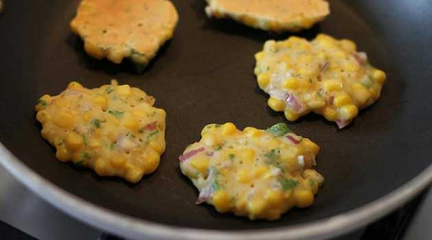 Recipe for Corn and Roasted Green Chile Fritters